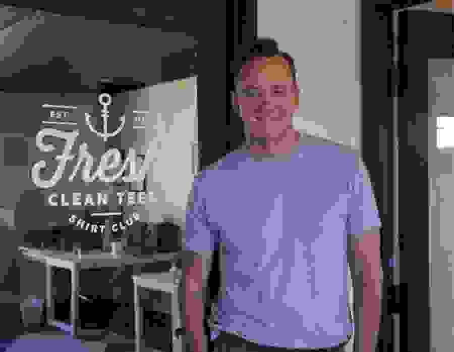 Clinton Kelly Fresh Clean Tees HGTV